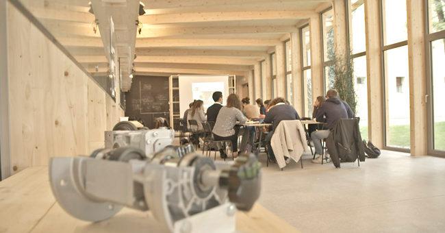 Il Malpighi La.B ospita la challange di robotica e meccatronica