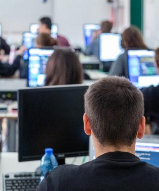 Al IV anno, test SAT o Academic IELTS computer based